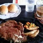 沖縄北中城村人気ステーキ店エメラルドでステーキ食べました♪
